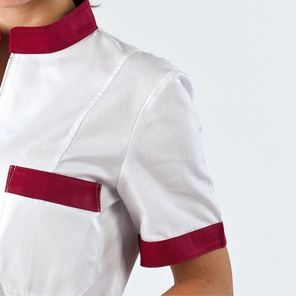 divisa donna con zip, particolare della manica