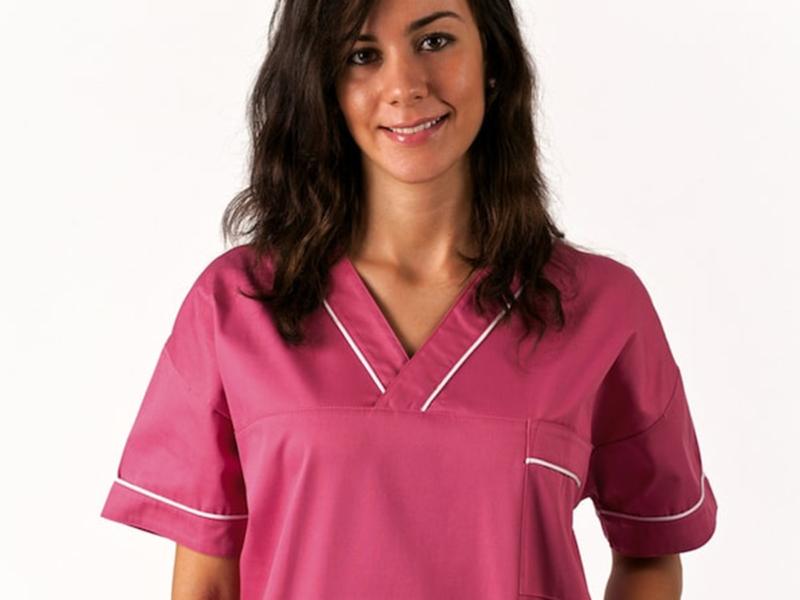 caratteristiche abbigliamento sanitario